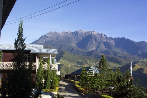 22. Mt Kinabalu 1